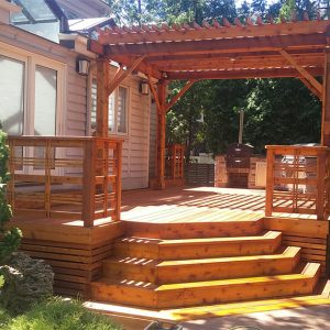 Deck and Pergola in Mississauga by SKL Group
