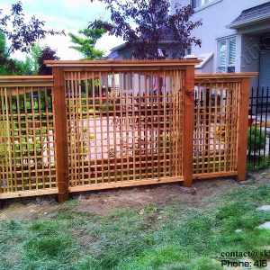 Cedar fence in Mississauga built by SKL Group